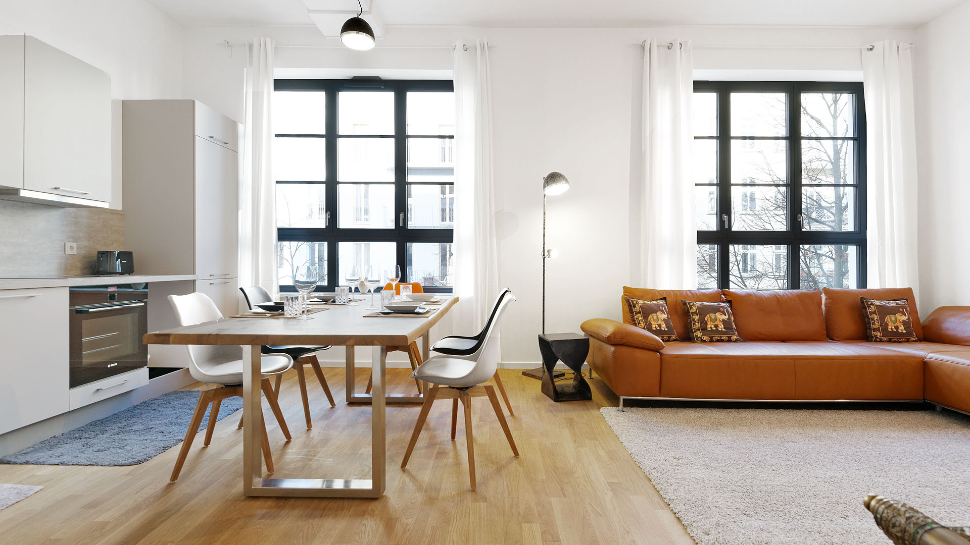 Living room furnished apartment wollinerstraße Berlin Mitte
